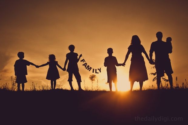 Silhouette-Family-Photography